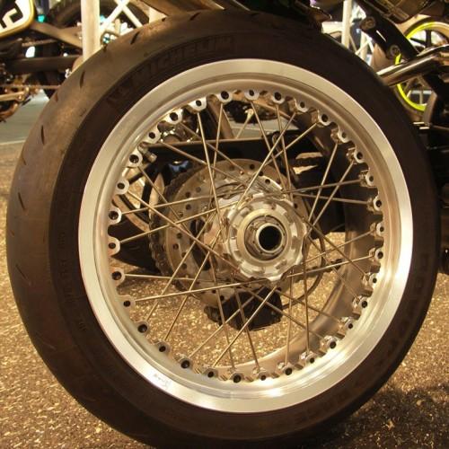 Jantes Kinéo à rayons - Streetfighter - Ducati