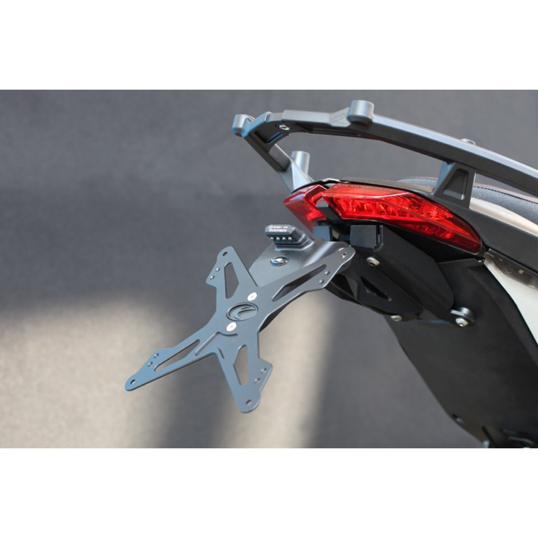 support de plaque evotech 2013 hypermotard 821 ducati krax moto. Black Bedroom Furniture Sets. Home Design Ideas
