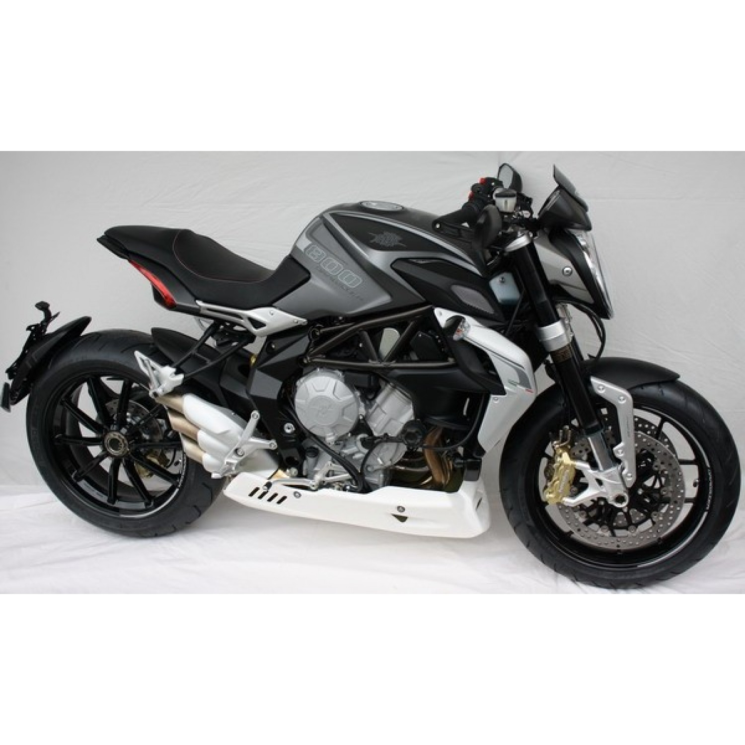 kit protection roue avant dragster 800 mv agusta krax moto. Black Bedroom Furniture Sets. Home Design Ideas