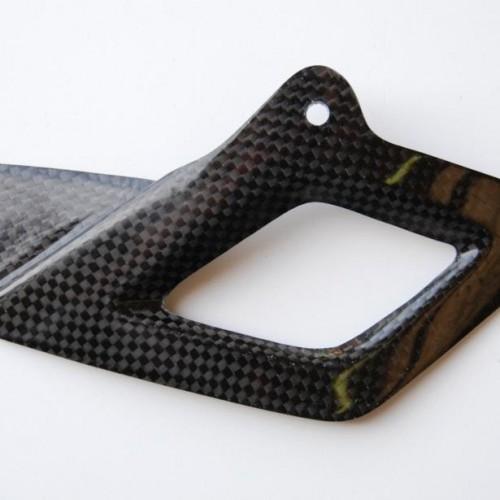 Couvre chaîne inférieur carbone Lightech - RSV4/Tuono V4 - Aprilia